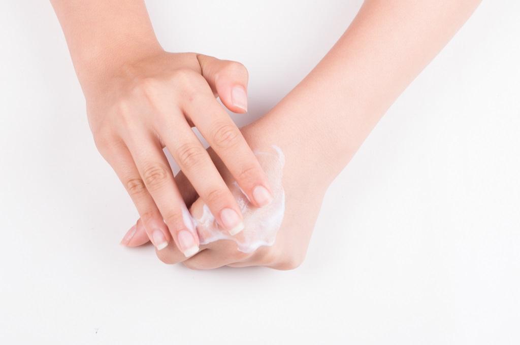 gommage des mains