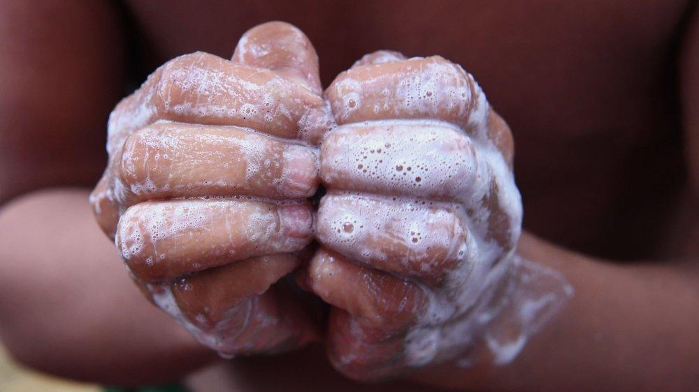 Hydrater et revitaliser ses ongles