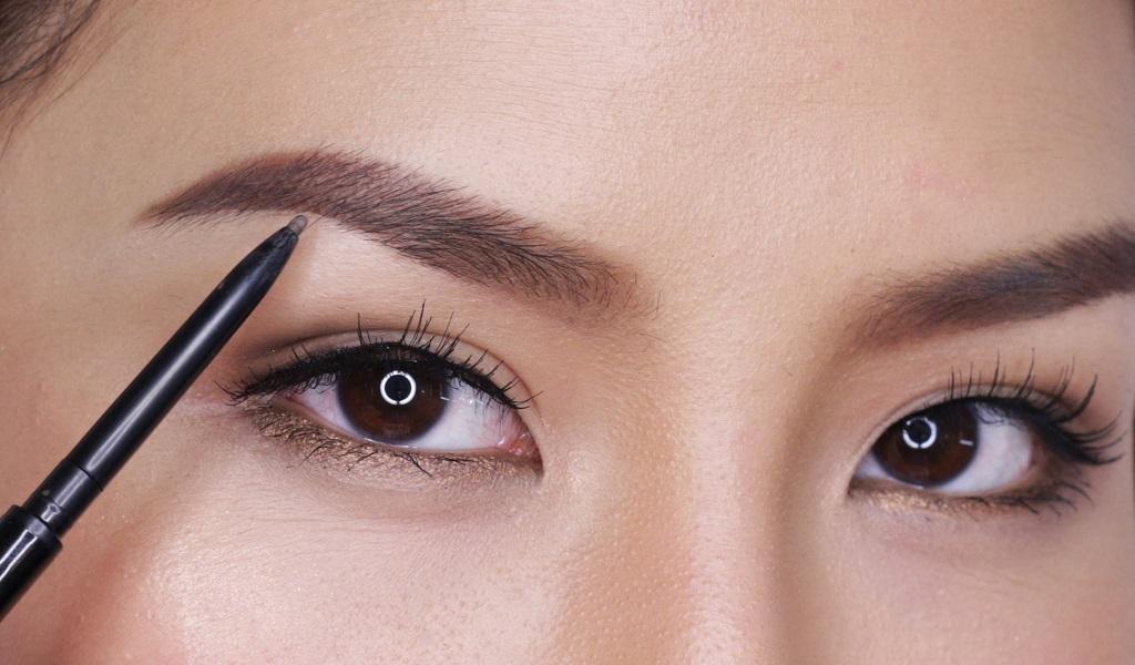 épilation des sourcils au laser