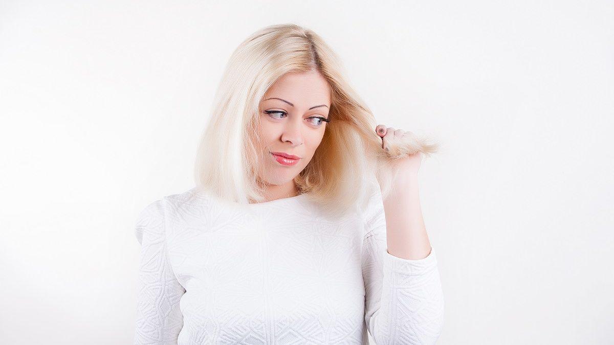 Comment bien utiliser l'eau oxygénée pour décolorer ses cheveux?