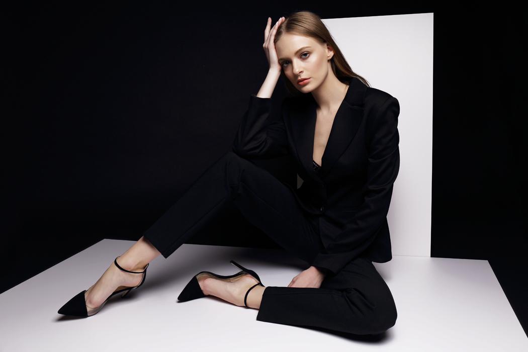 comment porter le tailleur femme