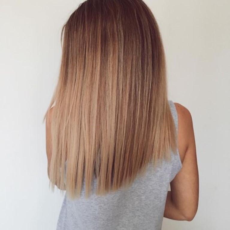 Balayage caramel sur cheveux blonds