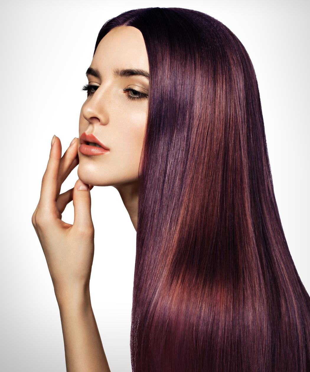 Cheveux violine coloration violette