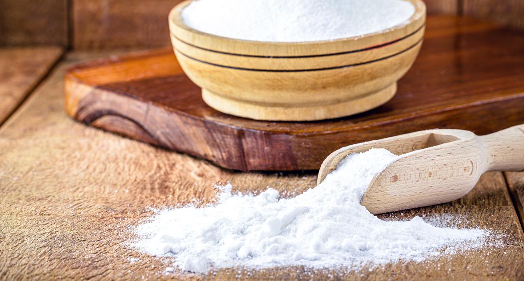 Le bicarbonate de soude pour les cheveux : bienfaits et comment l'utiliser