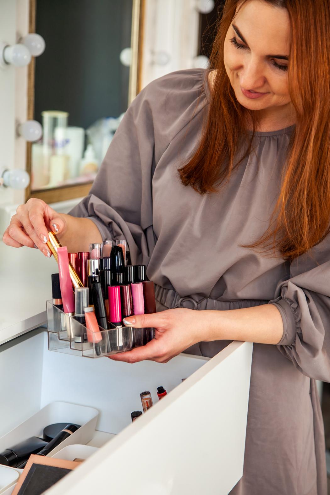 organiser et ranger son maquillage salle de bain